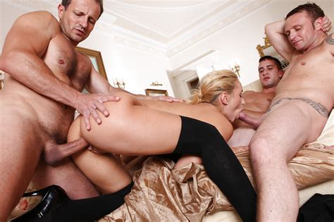 Sexy Blonde Aleska Diamond Gets Dp And Hardcore Anal Fuck