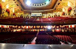 Inside The Chicago Theatre What A Stunning Piece Of