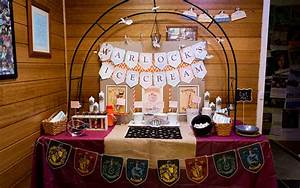 Harry Potter Decoration : magical harry potter party ideas by easy breezy parties ~ Dode.kayakingforconservation.com Idées de Décoration