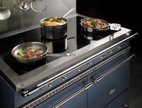 cuisiner avec l induction des fourneaux pour cuisiner comme des chefs inspiration cuisine le magazine de la cuisine