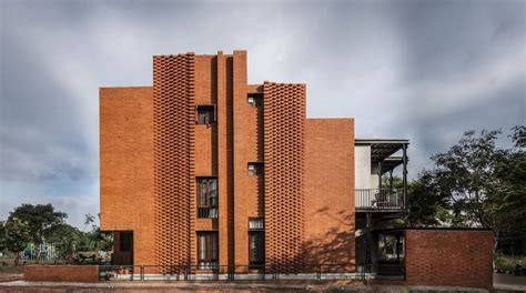 Corbel Bricks by Intricate Brick Facades Corbel House