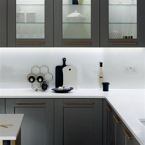 fairford graphite howdens joinery