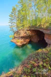Lake Superior North Shore Caves