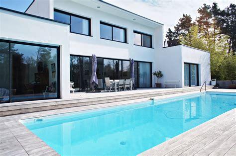 cap cuisine en 1 an vertou somptueuse maison contemporaine avec piscine en bord de sèvre agence ea nantes