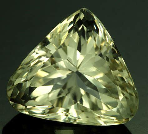 kunzite spodumene 12 carats 26 42 cts certified vs yellow spodumene triphane