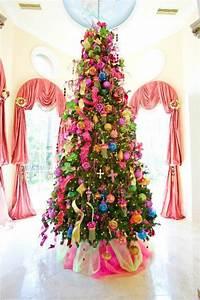54 Colorful Christmas Inspiring Decor Ideas DigsDigs