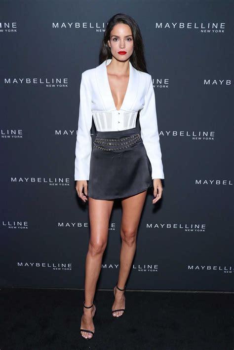 sofia resing attends  maybelline fashion show  nyfw   york celeb donut