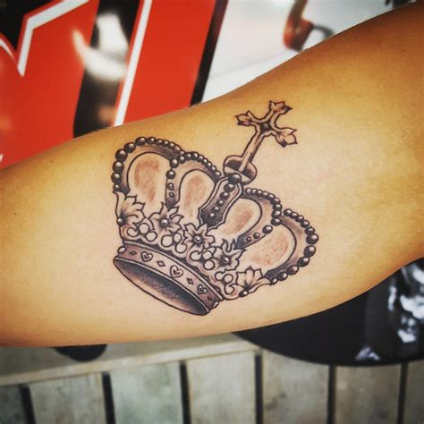 graceful crown tattoos  meanings  collection