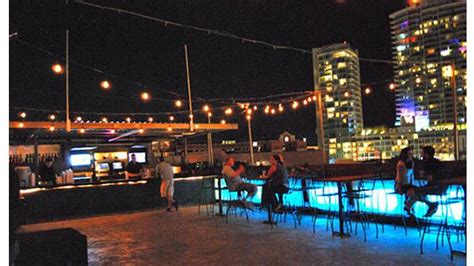 rooftop lounge patio closed rooftop bar  phoenix  rooftop guide