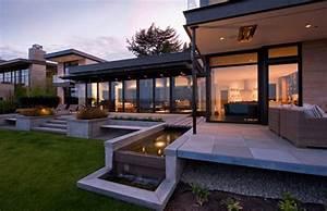 Modern Home Design Set Overlooking Lake Washington