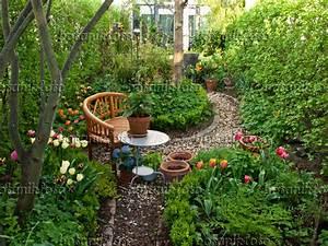 image row house garden with seating area 460053 images With katzennetz balkon mit bosch home garden