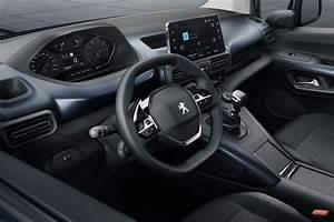 Peugeot Rifter Interieur : peugeot rifter 2018 photos et infos officielles avant ~ Dallasstarsshop.com Idées de Décoration