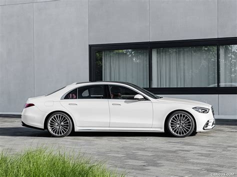 Eqs also shown in camouflage, both luxury sedans debut this year. 2021 Mercedes-Benz S-Class (Color: Diamond White) - Side   Wallpaper #33 iPad   1024x768