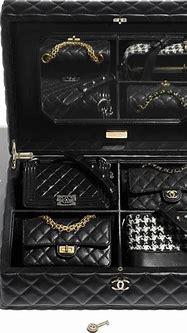 Cofre Chanel con 4 mini bolsos - Mi Bolso de Lujo