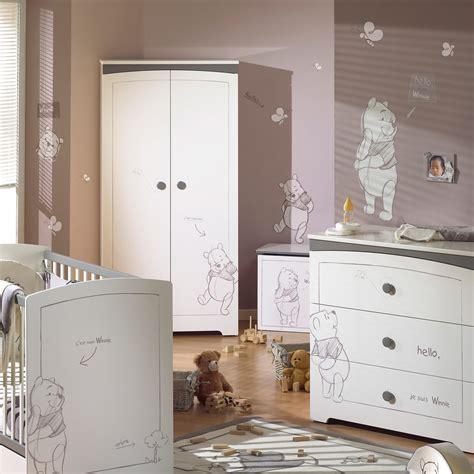 chambre complete bebe winnie l ourson stickers et transferts décoration de la chambre aubert