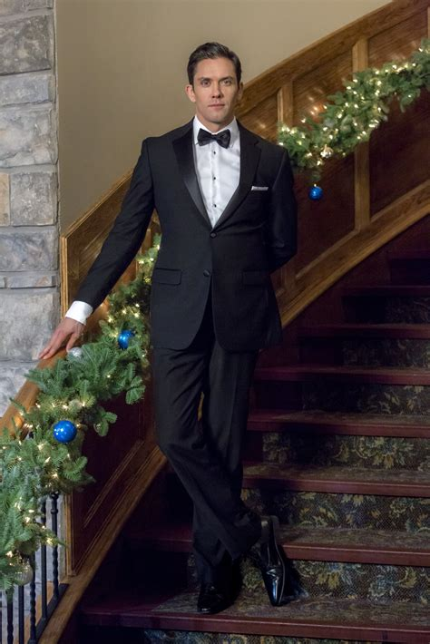 neal bledsoe  coming home  christmas hallmark channel