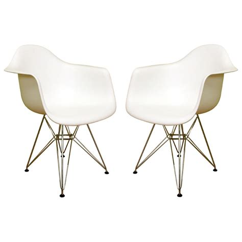 dario white molded plastic chair set of 2 dcg stores