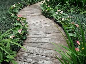 Gartenwege Aus Holz : gartenweg aus holz anlegen das sollten sie bedenken ~ Eleganceandgraceweddings.com Haus und Dekorationen