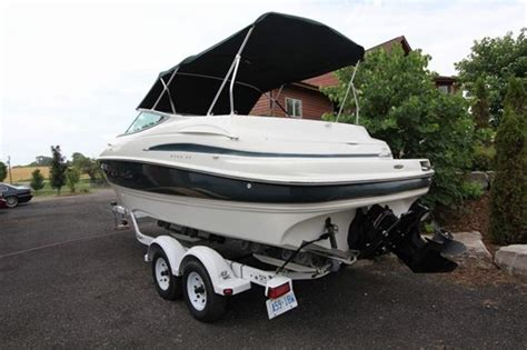 Maxum Boats For Sale In Ontario by Maxum 2300 Sc 2002 Used Boat For Sale In Toronto Ontario