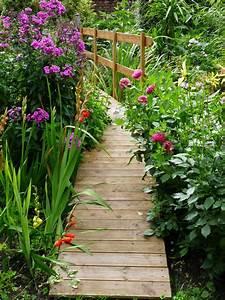 Pont En Bois Pour Jardin : diy pont en bois pour bassin id es jardin pont de jardin pont en bois et bassin de jardin ~ Nature-et-papiers.com Idées de Décoration