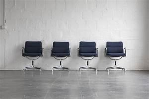 Bürostuhl Klassiker Vitra : gepolsterter b rostuhl von charles ray eames f r vitra ~ Michelbontemps.com Haus und Dekorationen