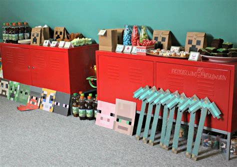 Minecraft bastelbogen zum ausdrucken minecraft kopf basteln folge1 youtube creeper timo pinterest paper crafts creepers und minecraft haus basteln vorlage. Minecraft Kinder Geburtstag - selber machen / Rezepte, Deko, Buffet   Minecraft geburtstag ...