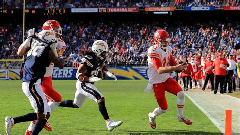 nfl playoff schedule  seahawks  host game chiefs