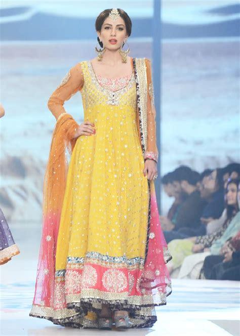 Latest Bridal Mehndi Dresses 2017 Collection | BestStylo.com