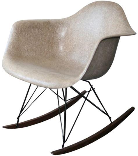 chaise rar eames pas cher chaise rar eames hnn home chaise tissu blanc accoudoir