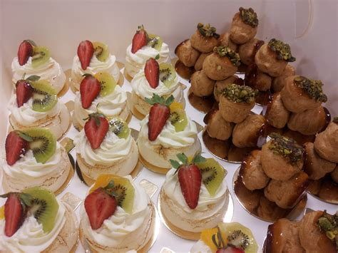 dessert canapes event planning