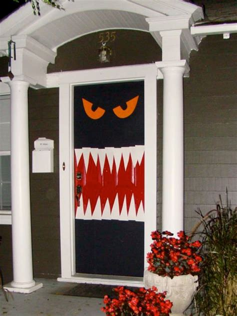 halloween door decor ideas landeelucom