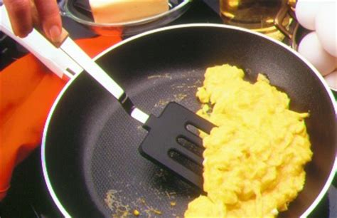 martha stewart breakfast scramble