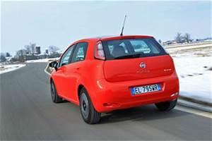 Fiche Technique Fiat Punto : fiche technique fiat punto iii 1 2 8v 69ch italia 5p l 39 ~ Maxctalentgroup.com Avis de Voitures