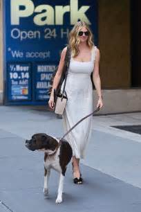 Kate Upton With Her Dog Harley Out Nyc Gotceleb