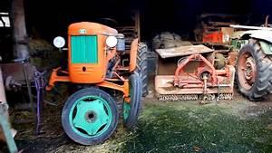 Vecchi Trattori Agricoli In Agriturismo E Allevamento Animali     Fendt Same Fiat O M  Ectt