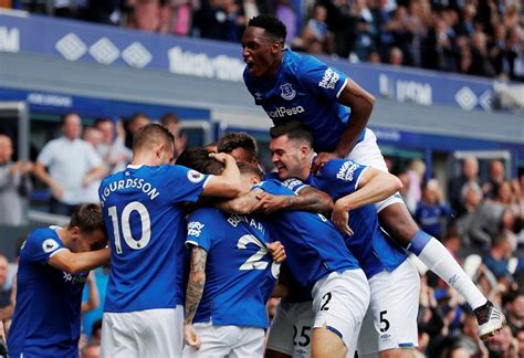 Everton Players Salaries 2020/21 (Weekly Wages) - Highest Paid