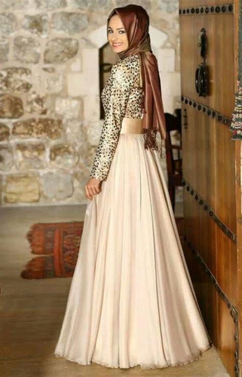 20 koleksi baju gamis gaun pesta muslim dari brokat