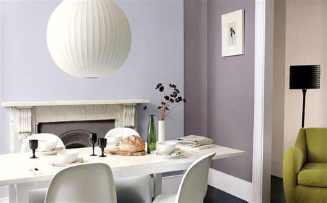 peinture salle a manger tendance peinture violet psychologie de la couleur sico peinture papier peint masking