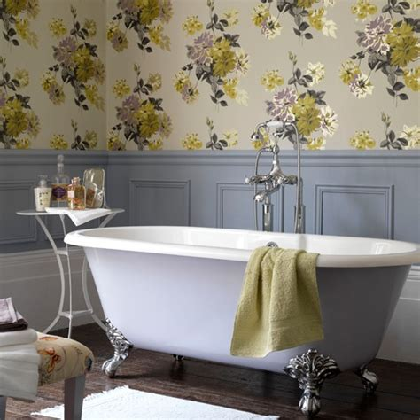 wallpaper bathroom ideas country style floral bathroom bathroom wallpapers