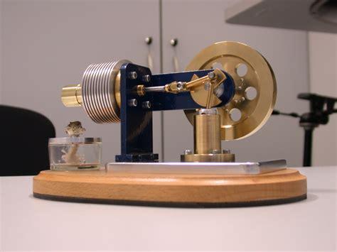 stirlingmotor selber bauen stirlingmotor st2 90m