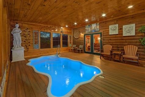 star smoky mountain cabin  dollywood private pool