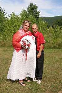 hillbilly marriage odd people pinterest wedding With redneck wedding dress