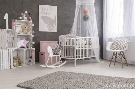 idee deco chambre bebe fille szary pokój niemowlaka kojące aranżacje dla najmłodszych
