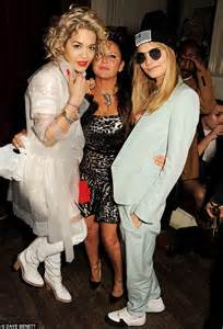 Kate Moss embraces the '80s for Fran Cutler's wild 50th ...