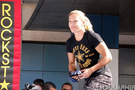 cris cyborg female fighters   forget  mma