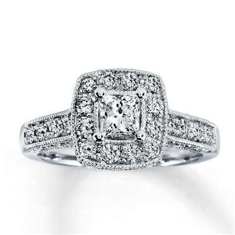 how much should a wedding ring cost the best jewelers halo wedding ring