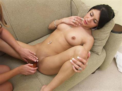 Horny Hot Lesbians Oral Sex And Fucking With Strapon