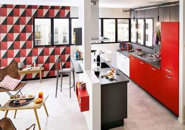ilot cuisine palette cuisine ouverte sur salon avec îlot noir et meubles