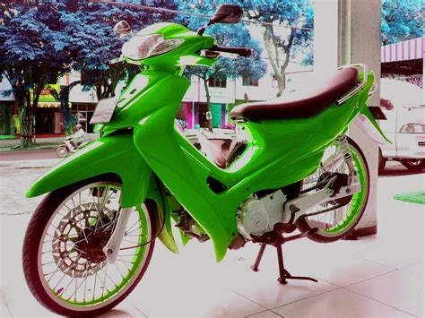 Modifikasi Motor Smash 2003 by Kumpulan Foto Hasil Modifikasi Motor Smash Terbaru Otomotiva