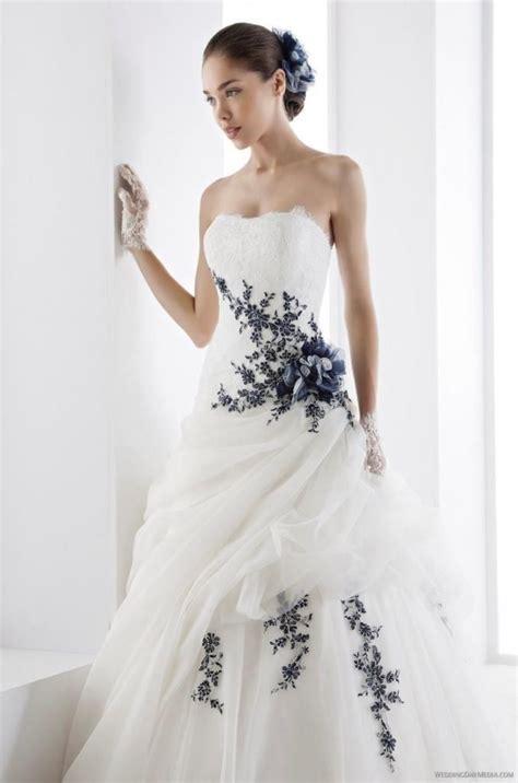 robe de mariage noir et blanche robe de mari 233 e avec une touche de noir collection 2017